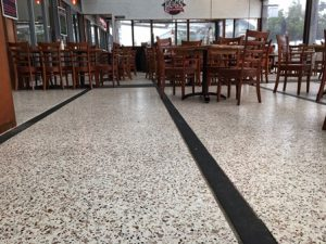 coloured-flake-flooring-2sm